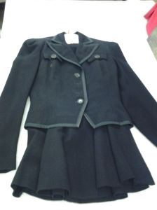 A Smartwear Emma Lange Suit originally owned by Janet Smith Moebius, donated by Judith Kaiser. Courtesy of the Milwaukee County Historical Society.
